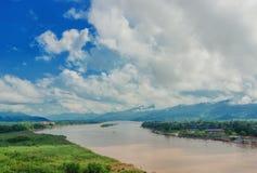 金黄三角,从泰国的看法的地区向缅甸 库存图片