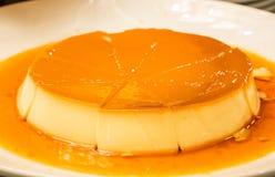 金黄乳蛋糕 库存照片