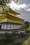 金黄京都寺庙 库存图片