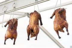 金黄党和晚餐的开胃菜炸鸡 免版税图库摄影