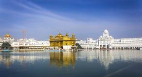 金黄印度寺庙 免版税库存图片
