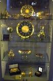 金黄古色古香的人工制品 库存照片
