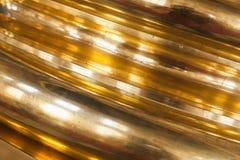 金黄圆柱基础,特写镜头照片 巡回表演者 免版税库存图片