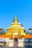 金黄塔在Wat Phra那Sri Jomthong在Chiangmai 免版税库存照片