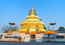 金黄塔在Wat Phra那Sri Jomthong在Chiangmai 免版税库存图片