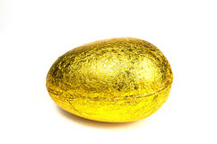 金黄复活节彩蛋 库存图片