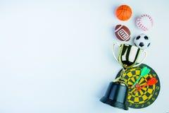 金黄战利品,橄榄球玩具,与裤裆,棒球玩具, Ba的箭 库存照片