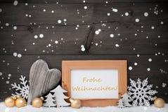 金黄灰色装饰,雪, Weihnachten手段圣诞节,雪花 库存照片