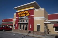 金黄畜栏自助餐和格栅零售地点外部  免版税库存照片