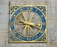 金黄的时钟 库存照片