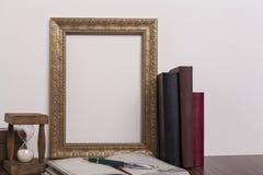金黄的框架 免版税库存图片