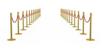 金黄篱芭,有红色障碍绳索的柱子 免版税库存图片