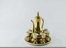 金水罐玻璃被隔绝的白色背景 库存图片