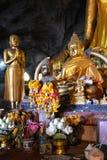 金黄菩萨雕象泰国 免版税图库摄影