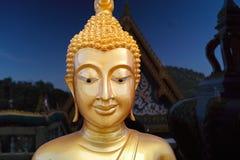 金黄菩萨,寺庙在泰国 库存照片