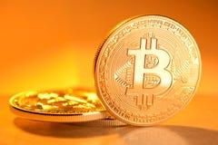 金黄Bitcoin硬币 库存照片