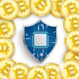 金黄Bitcoins盖子白色中心保护盾 库存照片