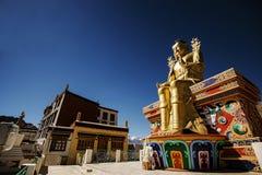 金黄Maitreya菩萨雕象在Likir修道院里 免版税库存图片