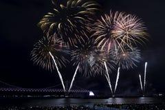 釜山烟花节日2016年-夜烟火制造术 免版税库存照片