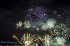 釜山烟花节日2016年-夜烟火制造术 库存图片