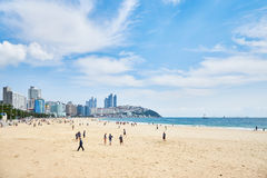 釜山,韩国- 2015年9月19日:Haeundae海滩风景  免版税库存图片