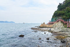 釜山,韩国- 2015年9月20日:Songdo海岸博列gil 免版税库存图片