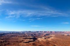 针俯视峡谷为消遣区域BLM土地犹他装边 免版税库存图片