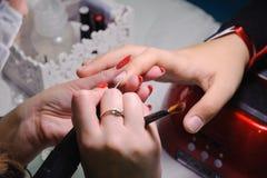 钉子美发师的竞争在哈萨克斯坦 阿斯塔纳 2017年11月10日 库存图片