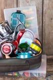 钓具、诱剂和诱饵在箱子 库存图片