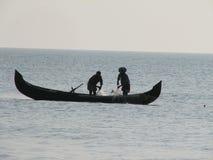 钓鱼印第安海运的小船 图库摄影