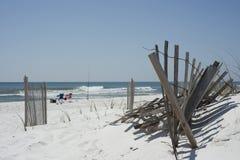钓鱼在海滩 图库摄影