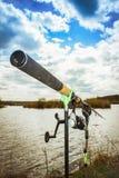 钓鱼在湖 免版税库存照片