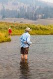 钓鱼在黄石 库存照片