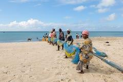 钓鱼在Dhanushkodi,印度 免版税库存图片