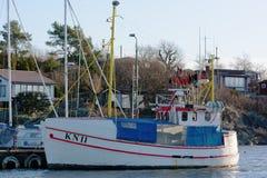钓鱼小的船 免版税库存图片