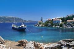 钓鱼希腊村庄 免版税图库摄影