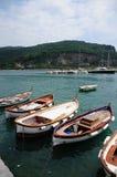 钓鱼意大利portovenere的小船 免版税库存照片