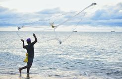 钓鱼技能的秀丽 免版税库存图片