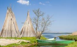 钓鱼海港在Izbica村庄  免版税库存图片
