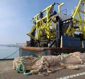钓鱼海港拖网渔船 库存图片