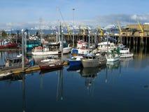 钓鱼海滨广场的小船 库存图片