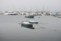 钓鱼游艇的小船 免版税库存照片