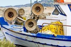 钓鱼老传统的小船 免版税库存照片