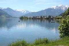 钓鱼者国家(地区)湖萨尔茨堡zell 免版税库存照片