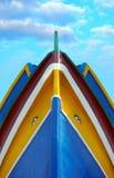 钓鱼马尔他传统的小船 库存照片