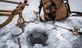 钓鱼#3的葡萄酒冰 库存图片
