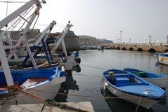 钓鱼gallipoli港口的小船 库存照片