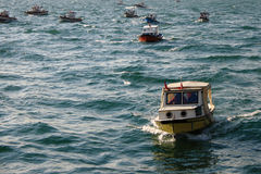 钓鱼marmara海运的小船 免版税库存照片
