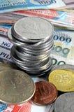 钞票硬币菲律宾 库存图片