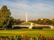 钞票黑色美元五十授予查出照片纵向s伊利亚斯我们空白 格兰特纪念,全国购物中心和华盛顿纪念碑在华盛顿特区 免版税库存图片